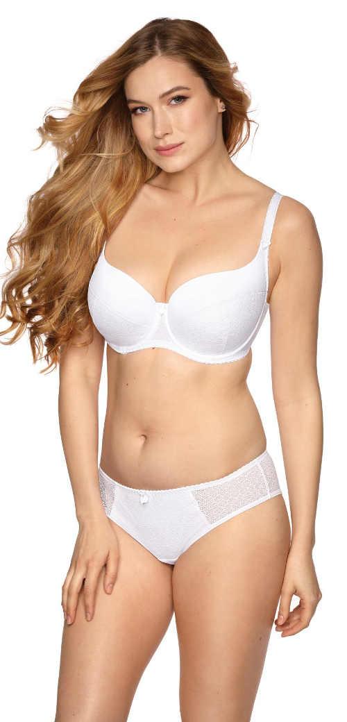 Bílé spodní prádlo pro starší dámy