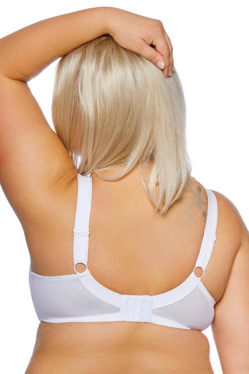Pohodlná bílá podprsenka pro baculku