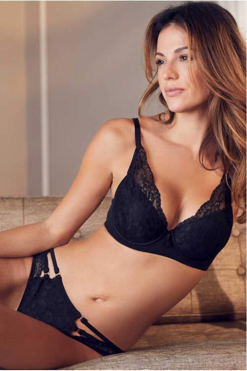 Černé krajkové dámské spodní prádlo Bonprix